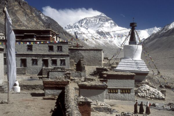 Everest Basislager, Tibet - im Schatten des Mount Everest.